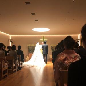 新郎新婦に光が当たり美しさが引き立ちます|510365さんのハイアット リージェンシー 京都の写真(859299)