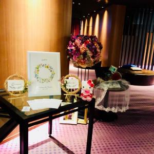 披露宴会場のロビーで、ウェルカムグッズを飾れます。|513501さんの杉乃井ホテル&リゾートの写真(681825)