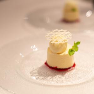 ホワイトチョコレートムースです。|513618さんの8G Horie RiverTerrace Weddingの写真(682030)