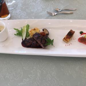 お肉料理とスープ|516421さんのエール フォルトゥーナの写真(711809)