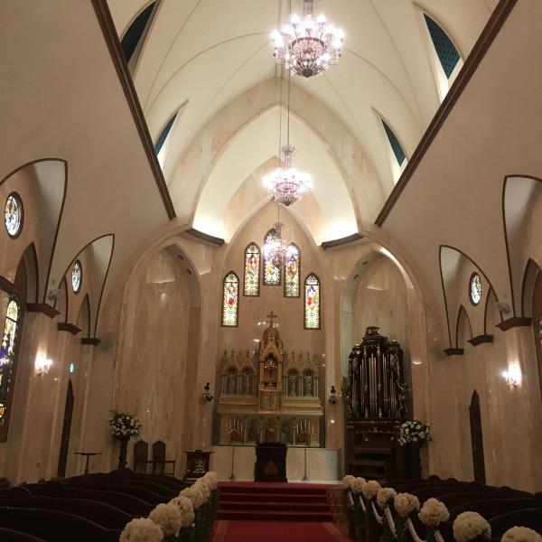 大聖堂です。ステンドグラスが素敵でした。