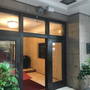 入口は小さいです 520230さんの山の上ホテル  -HILLTOP HOTEL-の写真(708243)