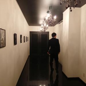 クラブシエルデトワールへの廊下 522087さんのヴィラ・デ・マリアージュ 松本の写真(716445)