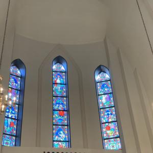 高い天井と綺麗なステンドグラス 523771さんのコルティーレ茅ヶ崎の写真(722739)