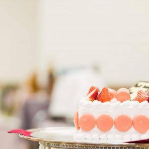 二人の名前入りのオリジナルウェディングケーキ。|524040さんの銀座ブロッサムの写真(725550)