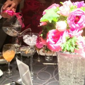 各テーブルの装花|526138さんのホテルメトロポリタン山形の写真(739729)