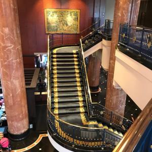 ドレスが映える階段|527758さんのウェスティンホテル東京の写真(764476)