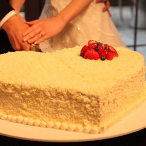 ケーキ入刀の際のケーキです。友人が撮ってくれました。|527820さんの横浜迎賓館の写真(746755)