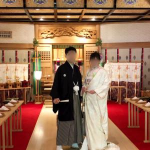 神殿内でツーショットのロケーション撮影|530232さんのRoyal Garden Palace 八王子日本閣の写真(769328)