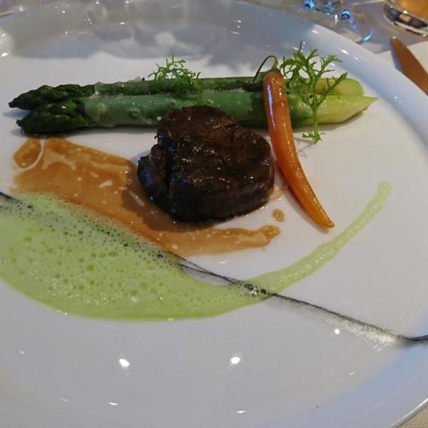 国産牛フィレ肉です。すごく柔らかかったです。