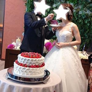 ケーキ周りの装花は無しでシンプルに|532771さんのGRANADA SUITE 福岡(グラナダスィート福岡)の写真(782298)