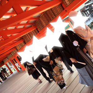 列に並ばず写真撮っていました。結構自由です。|532943さんの厳島神社の写真(961281)