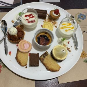 試食会のデザート 533478さんのガーデンヒルズ迎賓館(松本)の写真(788103)