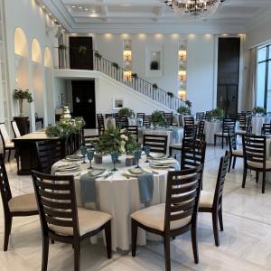 ヴィクトリアハウス披露宴会場の階段 533478さんのガーデンヒルズ迎賓館(松本)の写真(788104)