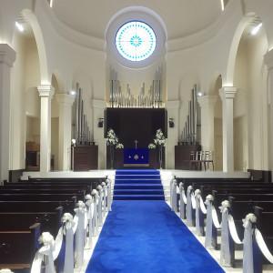ロイヤルブルーのバージンロードが素敵でした。|533916さんのアニヴェルセル神戸の写真(793642)