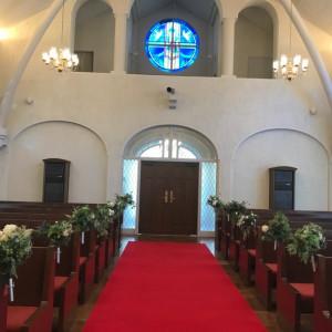 赤いバージンロードが綺麗です。|535182さんの神戸北野教会の写真(800509)
