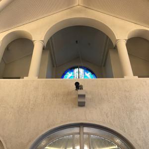 バージンロードから出口に向かったときに見える貰えるそうです。|535232さんの神戸北野教会の写真(801663)