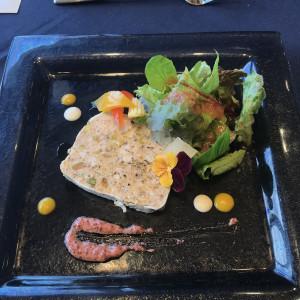 前菜 ボリュームたっぷり 538546さんのヴォヤージュ ドゥ ルミエール ~Chatan Resort~の写真(822224)