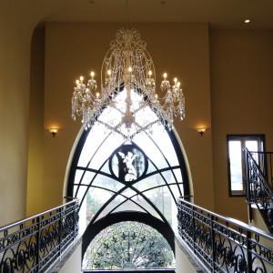 チャペル前の大階段天井|548971さんの赤坂ル・アンジェ教会の写真(928703)