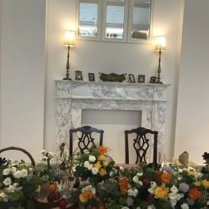 新郎新婦の席も自由に飾り付けができる。ソファー席に変更可能。|549020さんのアーヴェリール迎賓館(名古屋)の写真(910954)