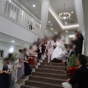 大階段、フラワーシャワー|551131さんのグラン・スイートの写真(923625)