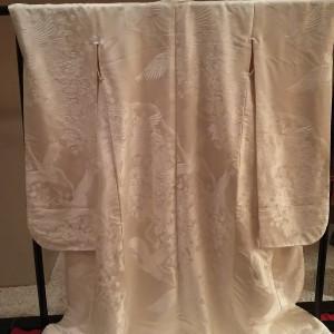 同じ場所に白無垢も飾られていて刺繍が細かく素敵|554752さんのホテルラポール千寿閣の写真(955558)