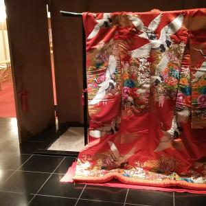 神殿の入り口に素敵な色打ち掛けが飾られていた|554752さんのホテルラポール千寿閣の写真(955557)