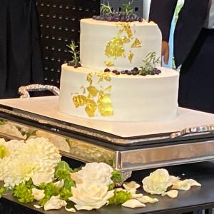 シンプルかつ金粉で高級感のある素敵なケーキでした。|555309さんの麗風つくば シーズンズテラスの写真(1200549)
