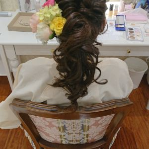 お色直しで、髪型をかえてもらいました。|556305さんの琵琶湖ホテルの写真(974686)