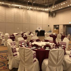 60人を8卓に分けました。 557417さんのRoyal Hotel 沖縄残波岬の写真(976952)