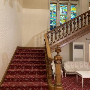 こちらの階段での、写真撮影が人人気|568724さんの高輪 貴賓館(グランドプリンスホテル高輪)の写真(1088543)