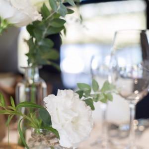 ゲストテーブル装花|568779さんの8G Horie RiverTerrace Weddingの写真(1085124)