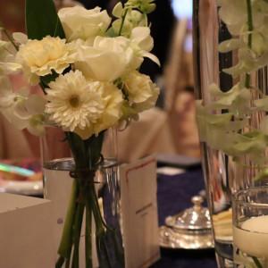 ナチュラルでお淑やかなテーブルコーディネート|572404さんの盛岡グランドホテルの写真(1114603)