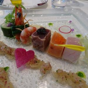 冷前菜。ひとつひとつの味が凝縮されていました! 575147さんのアルカンシエル横浜 luxemariage アルカンシエルグループの写真(1217858)
