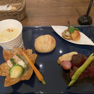 試食のお料理も出来立てあたたかく、盛り付けも素敵でした。|590307さんのチャペル・ド・コフレの写真(1239848)